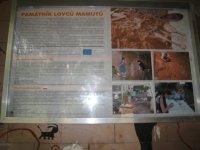 Památník lovců mamutů– informační cedule