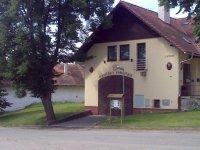 Opravená hasičská zbrojnice vobci Rakovice