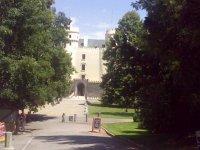 Pohled na vstupní bránu zámku Orlík nad Vltavou