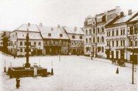 Historická fotografie náměstí