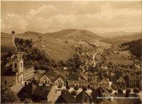 Pohled na město se Skalečkou a lípou uPanny Marie po roce1920
