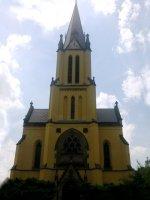 Kostel- Průčelí